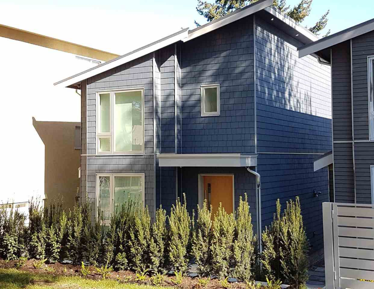 Main Photo: 3088 CLARK DRIVE in : Grandview VE House for sale : MLS®# R2209320