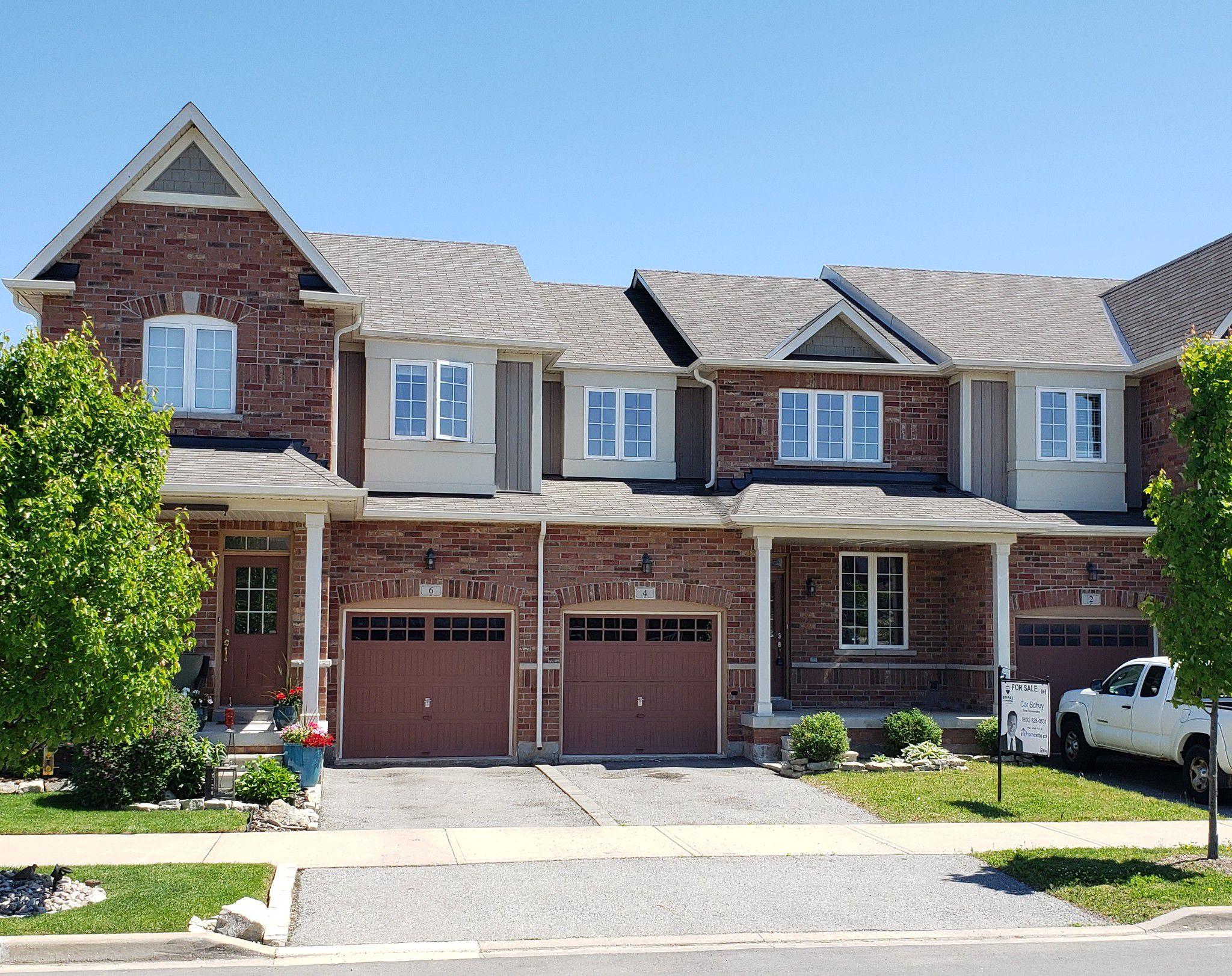 Main Photo: 4 Gunby Blvd: Waterdown Freehold for sale (Hamilton)  : MLS®# X4489120