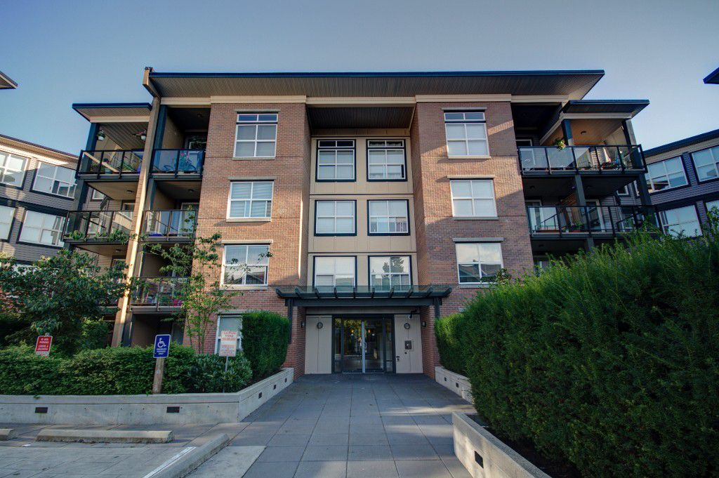 """Main Photo: 114 10707 139TH Street in Surrey: Whalley Condo for sale in """"AURA 2"""" (North Surrey)  : MLS®# F1219029"""