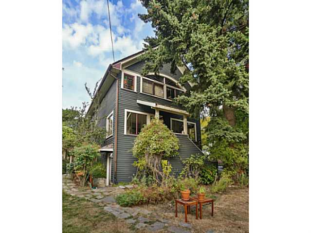 Main Photo: 4403 QUEBEC Street in Vancouver: Main House for sale (Vancouver East)  : MLS®# V985334