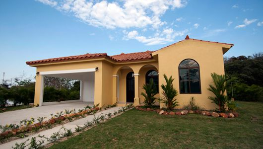 Hacienda Pacifica $215,686