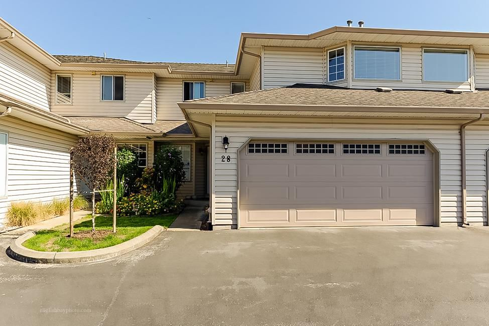 Main Photo: 28 12268 189A STREET in Pitt Meadows: Central Meadows Townhouse for sale : MLS®# V1143685