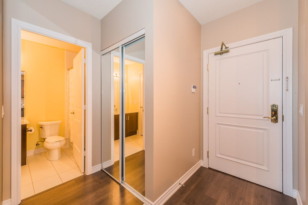 Main Photo: Marie Commisso 9255 JANE STREET in MAPLE: Condo for sale