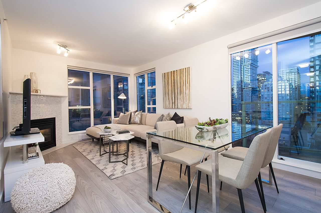 Main Photo: 2002 939 HOMER STREET in Vancouver: Yaletown Condo for sale (Vancouver West)  : MLS®# R2133946