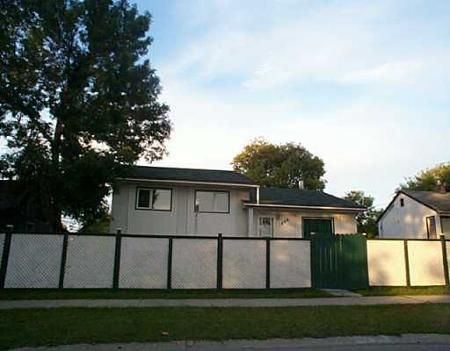 Main Photo: 1846 William Avenue West: Residential for sale (Weston)