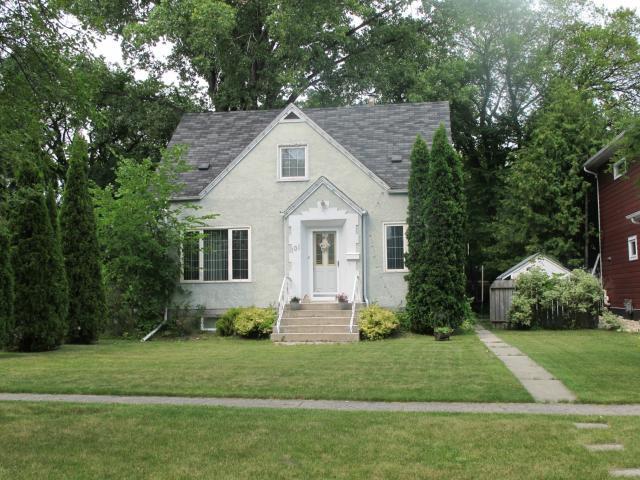 Main Photo:  in WINNIPEG: East Kildonan Residential for sale (North East Winnipeg)  : MLS®# 1216267