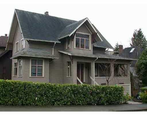 Main Photo: 2606 W 3RD AV in : Kitsilano House Triplex for sale : MLS®# V285286