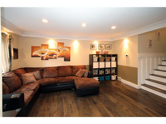 Main Photo: 209 CARDIFF WY in Port Moody: College Park PM Condo for sale : MLS®# V1035343