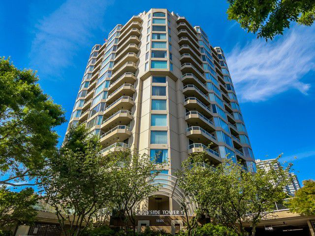 Main Photo: # 1706 1045 QUAYSIDE DR in New Westminster: Quay Condo for sale : MLS®# V1129626