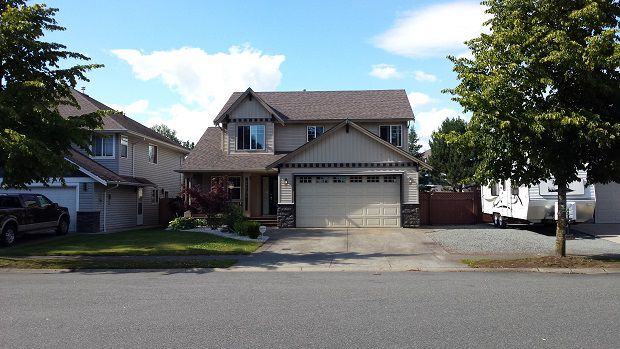 Main Photo: 27795 Junction Avenue in Abbotsford: Abbotsford West House for rent