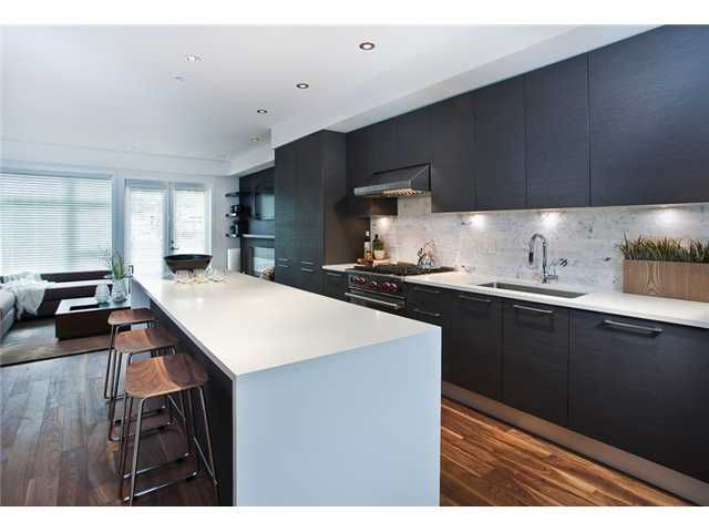 """Main Photo: 4935 MACKENZIE Street in Vancouver: MacKenzie Heights Townhouse for sale in """"MACKENZIE GREEN"""" (Vancouver West)  : MLS®# V955758"""