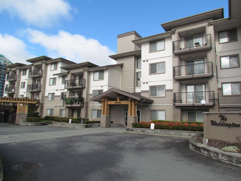 Main Photo: #309 32063 Mt. Waddington Ave in Abbotsford: Abbotsford West Condo for rent