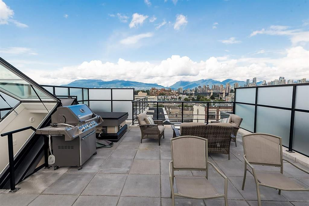 Main Photo: 410 1628 W 4th in Vancouver: False Creek Condo for sale (Vancouver West)