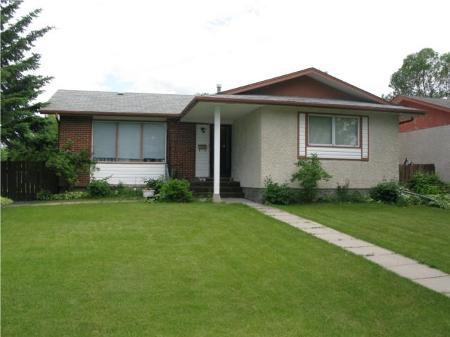 Main Photo: Nice and Fabulous Home in Waverley Heights