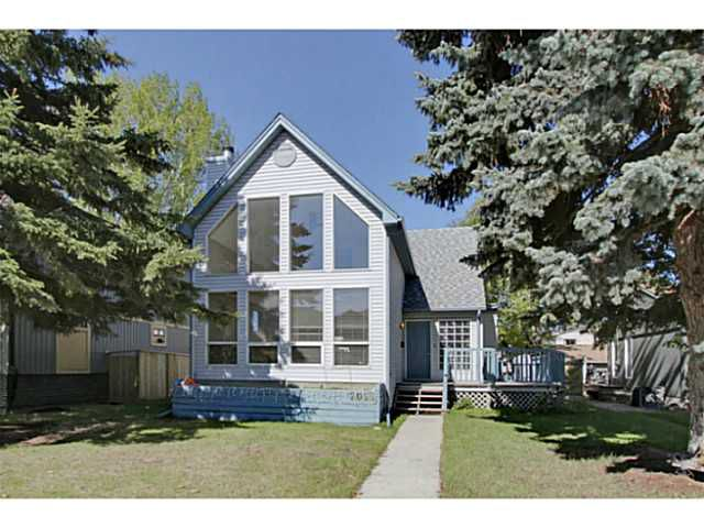 Main Photo: 2009 24A Street SW in Calgary: Richmond Park_Knobhl House for sale : MLS®# C3618861