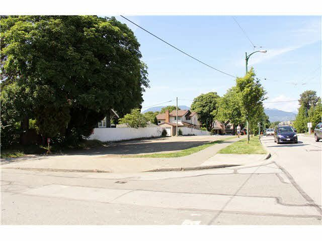 Main Photo: 3075 arbutus Street in Vancouver: Kitsilano House for sale (Vancouver West)