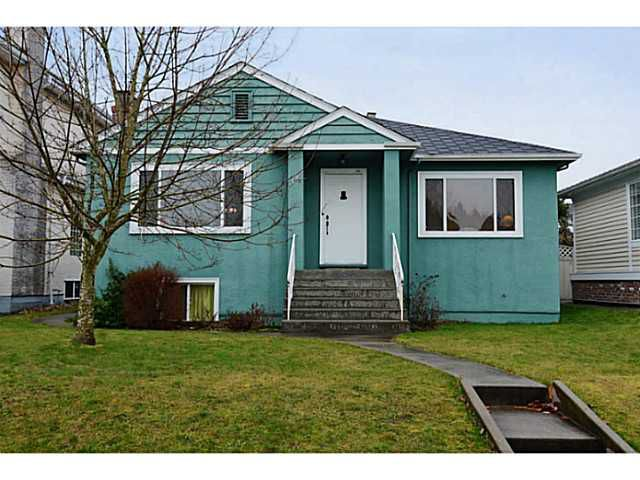 "Main Photo: 19 PEVERIL AV in Vancouver: Cambie House for sale in ""CAMBIE VILLAGE"" (Vancouver West)  : MLS®# V995292"