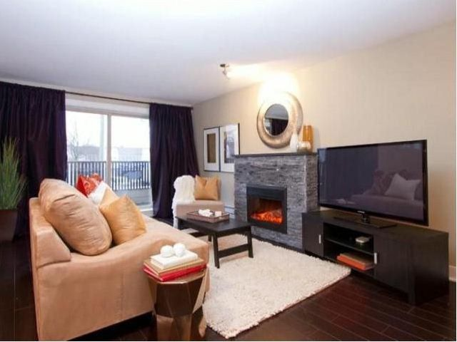 Main Photo: 13368 72nd Ave in Surrey: Townhouse for sale : MLS®# F1309050