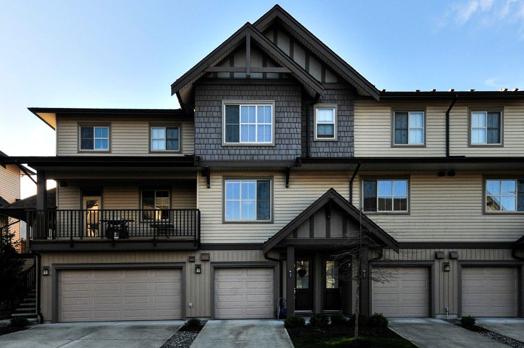 Main Photo: 57 9525 204 Street in : Walnut Grove Townhouse for sale (Langley)  : MLS®# F1432502