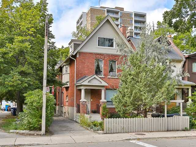 Main Photo: 420 Gladstone Ave in Toronto: Dufferin Grove Freehold for sale (Toronto C01)  : MLS®# C4256510