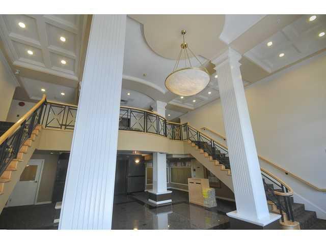 """Main Photo: 332 5888 DOVER Crescent in Richmond: Riverdale RI Condo for sale in """"PELICAN POINTE"""" : MLS®# V928794"""