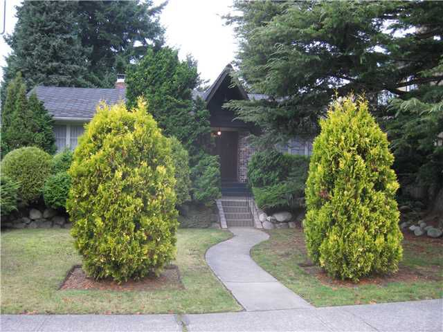 """Main Photo: 657 W 32ND Avenue in Vancouver: Cambie House for sale in """"Cambie Street area"""" (Vancouver West)  : MLS®# V980876"""
