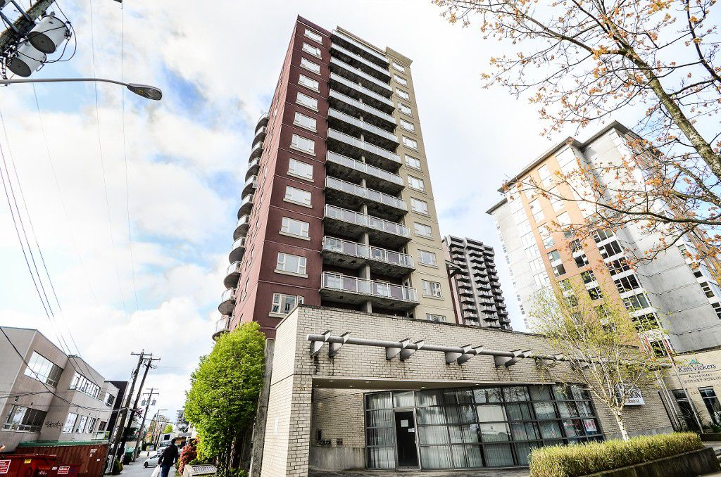 Main Photo: #1002 121 W 15th St in North Vancouver: Central Lonsdale Condo for sale : MLS®# V1061157