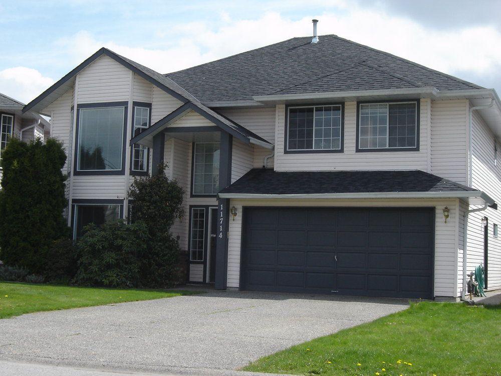 Main Photo: 11714 GLENHURST Street in Maple Ridge: Cottonwood MR Home for sale ()  : MLS®# V734350