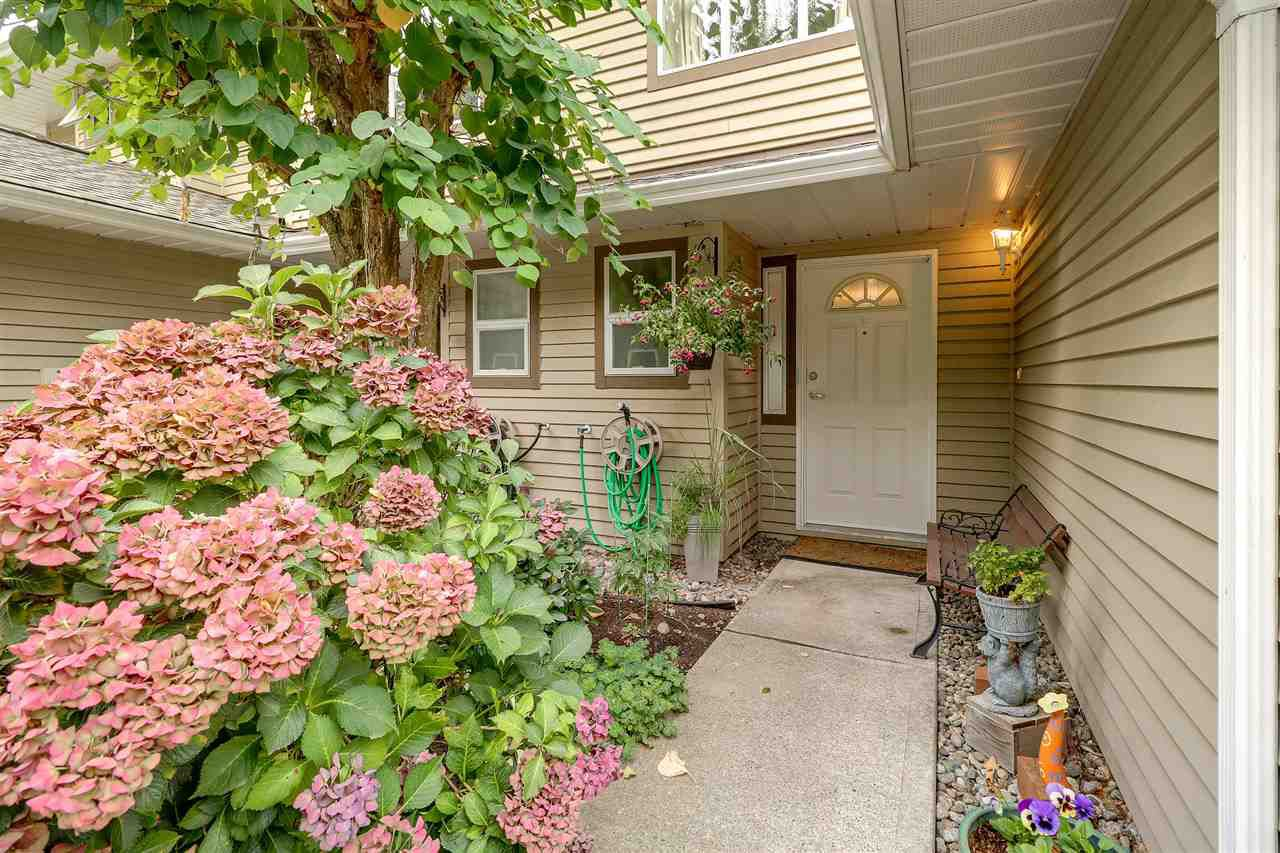 Main Photo: 1121 BENNET DRIVE in : Citadel PQ Townhouse for sale : MLS®# R2225441