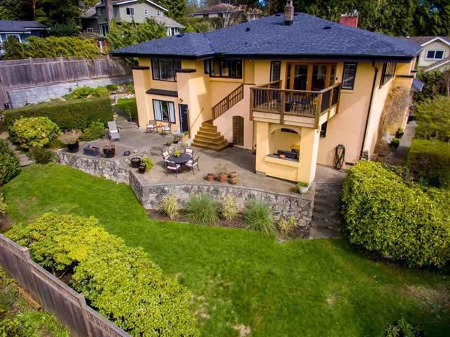 Main Photo: 310 E ST. JAMES ROAD in North Vancouver: Upper Lonsdale House for sale : MLS®# R2050867