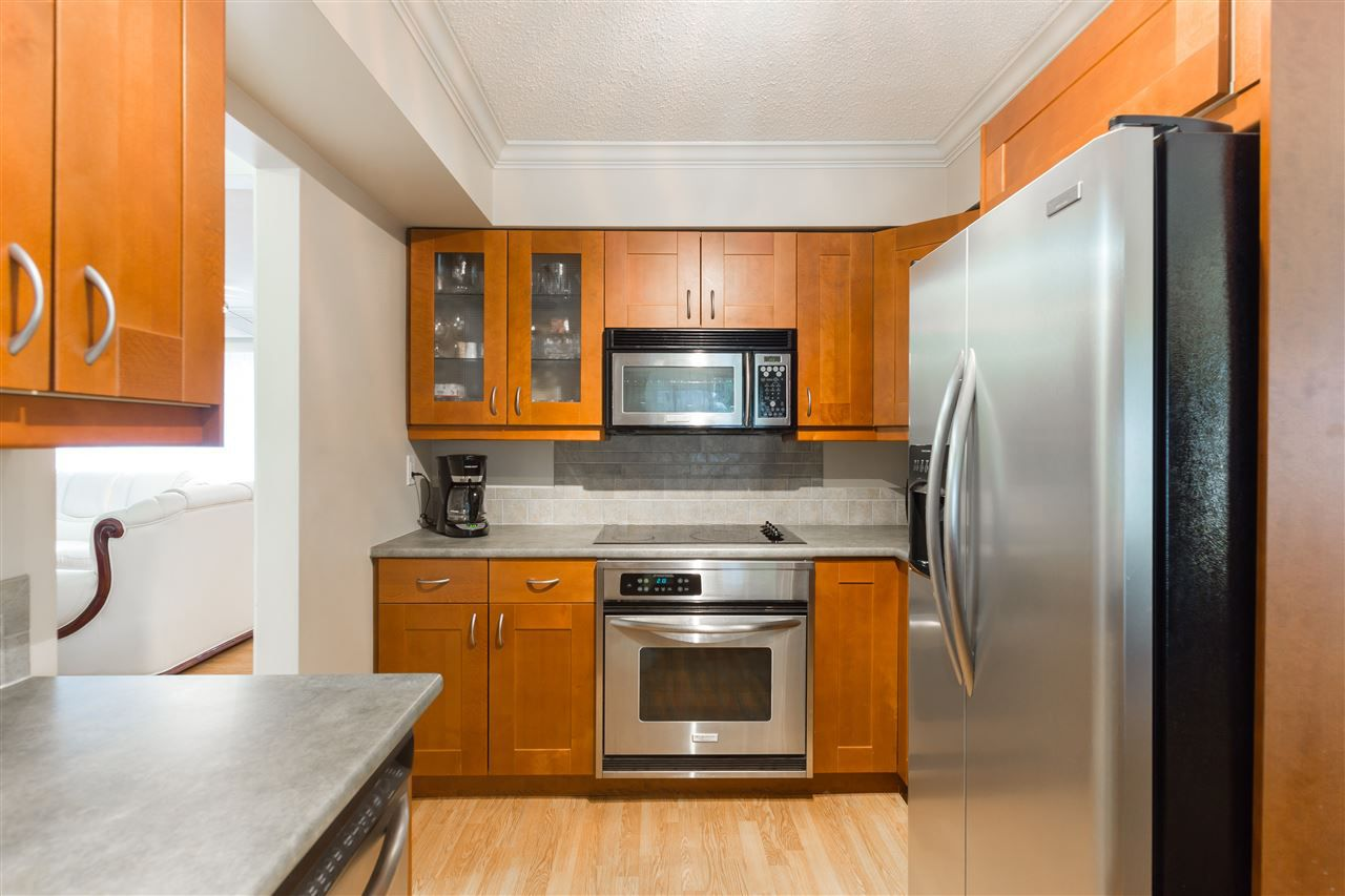 Main Photo: 2336 TREETOP LANE in North Vancouver: Seymour NV House for sale : MLS®# R2135766