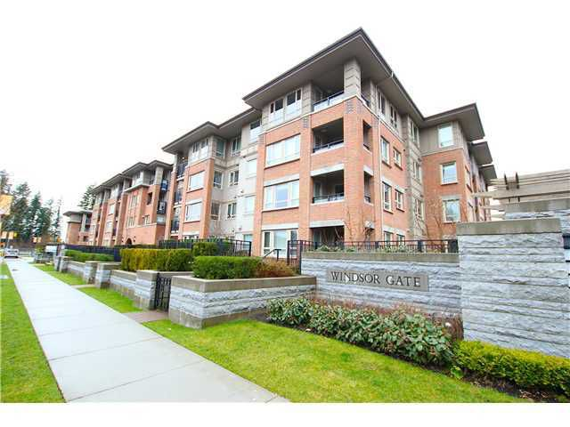 """Main Photo: 104 3097 LINCOLN Avenue in Coquitlam: New Horizons Condo for sale in """"Larkin House"""" : MLS®# V979842"""