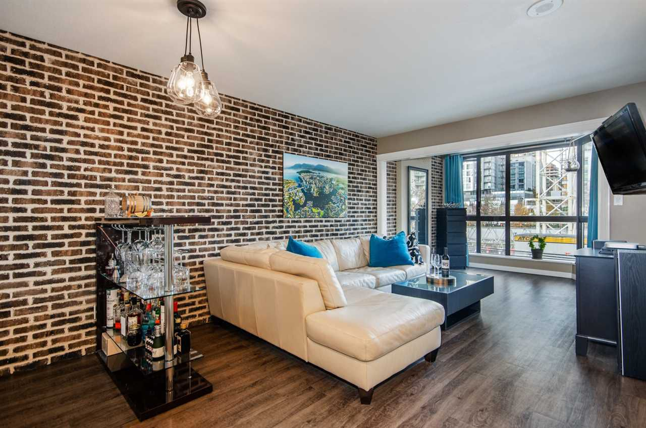 Main Photo: 306 488 HELMCKEN STREET in Vancouver: Yaletown Condo for sale (Vancouver West)  : MLS®# R2321117