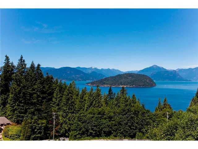 Main Photo: 8571 SEASCAPE LANE in : Howe Sound Townhouse for sale : MLS®# V1049717