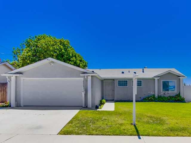 Main Photo: CLAIREMONT House for sale : 4 bedrooms : 4263 Tolowa Street in San Diego