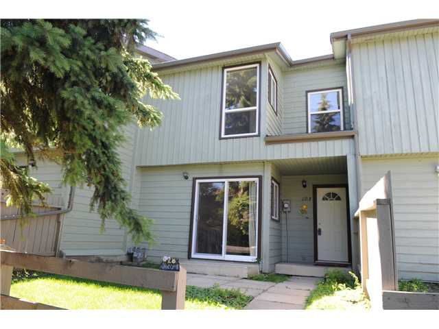Main Photo: 103 420 GRIER Avenue NE in CALGARY: Greenview Townhouse for sale (Calgary)  : MLS®# C3516239