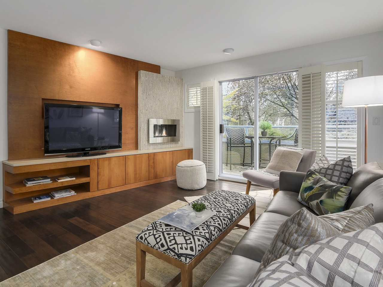 Main Photo: 2863 W 6TH AVENUE in Vancouver: Kitsilano House 1/2 Duplex for sale (Vancouver West)  : MLS®# R2138450