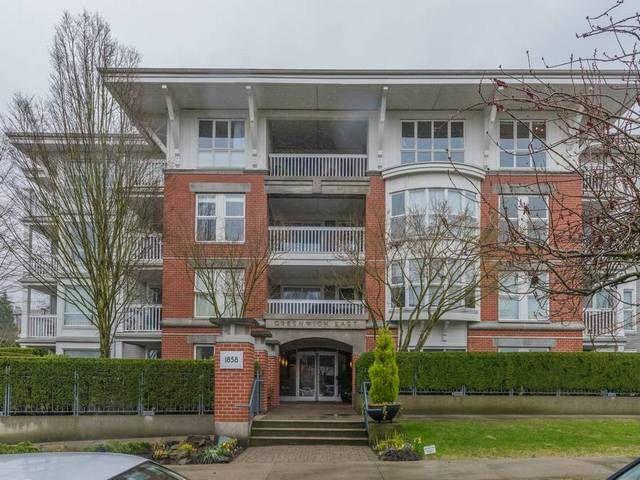 Main Photo: 402 1858 W 5TH AVENUE in Vancouver: Kitsilano Condo for sale (Vancouver West)  : MLS®# R2152257