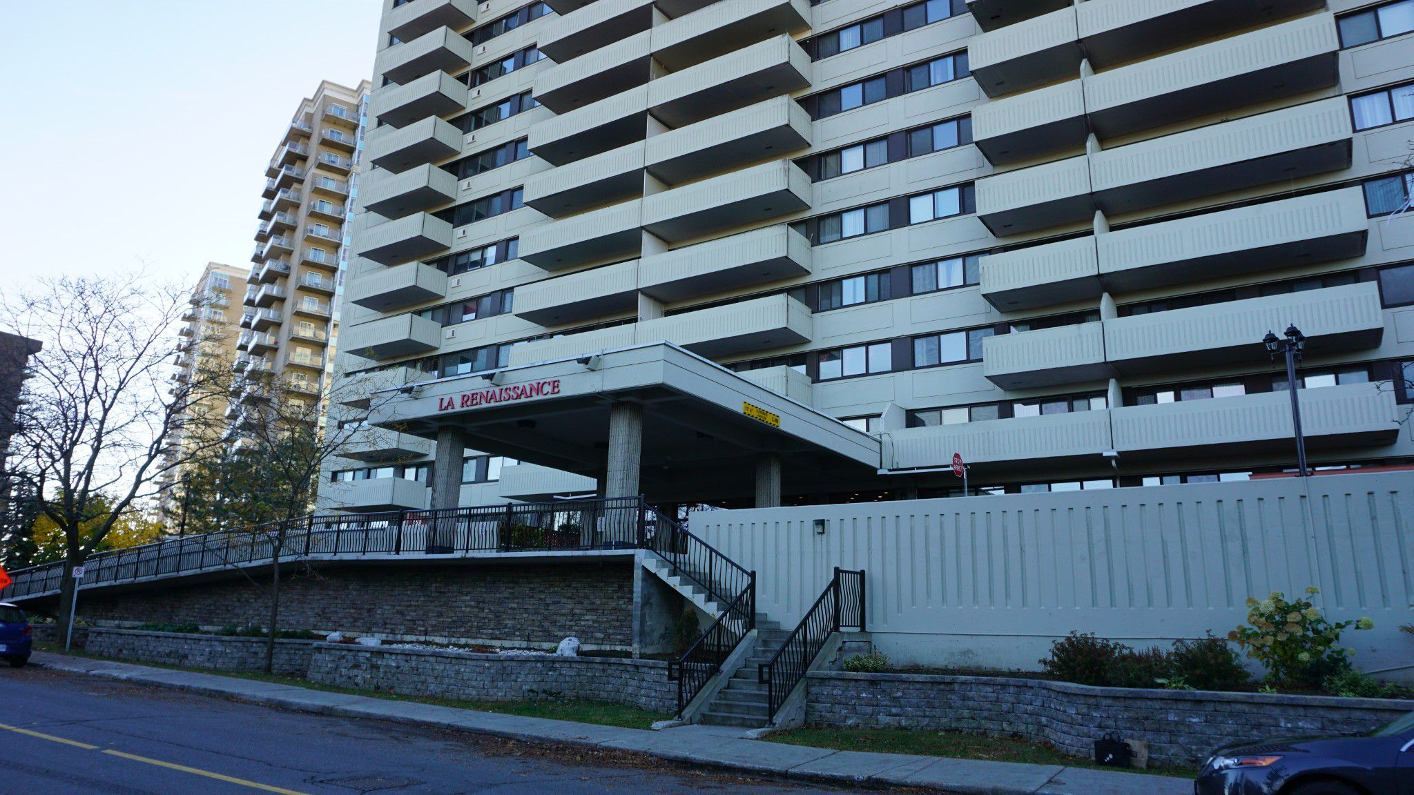 Main Photo: 40 Landry Street, Unit 803 in Ottawa: House for rent