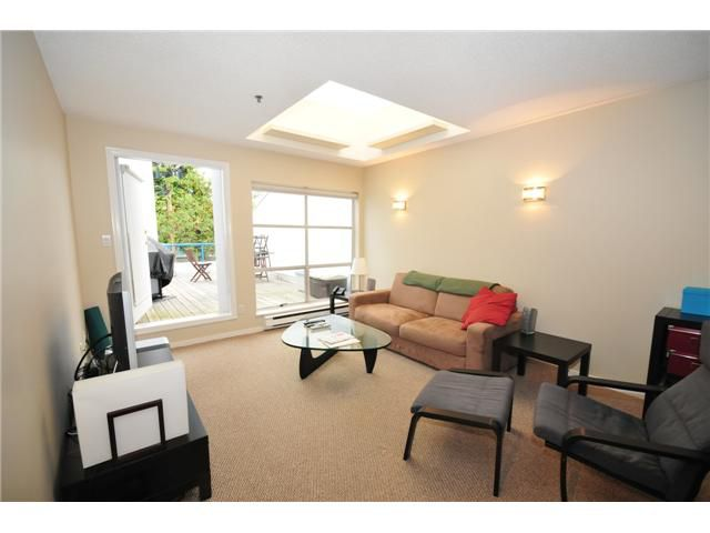 Main Photo: 1 1038 W 7TH Avenue in Vancouver: Fairview VW Condo for sale (Vancouver West)  : MLS®# V927272