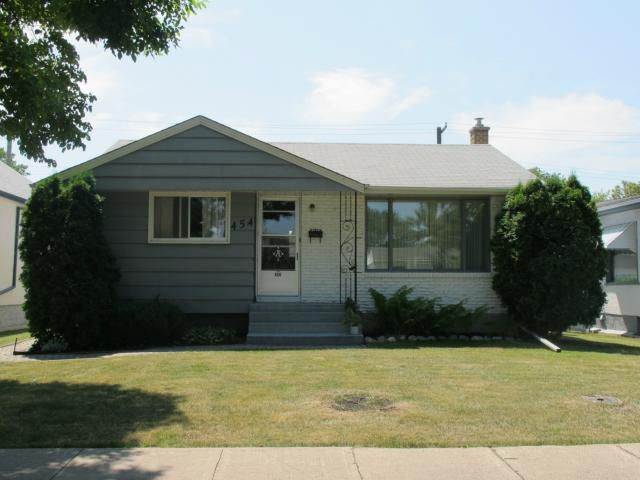 Main Photo:  in WINNIPEG: East Kildonan Residential for sale (North East Winnipeg)  : MLS®# 1215445