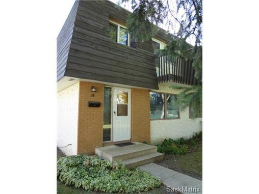 Main Photo: 30 120 Acadia Drive in Saskatoon: West College Park Condominium for sale (Saskatoon Area 01)