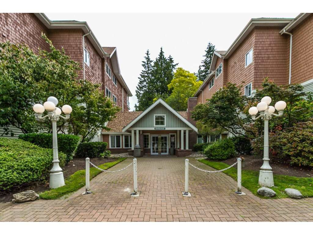 Main Photo: 405 9688 148 STREET in Surrey: Guildford Condo for sale (North Surrey)  : MLS®# R2093773