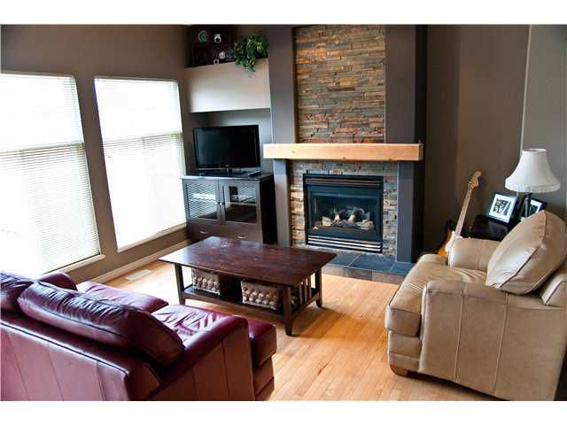 """Main Photo: 33 1290 AMAZON Drive in Port Coquitlam: Riverwood Townhouse for sale in """"CALLAWAY GREEN"""" : MLS®# V994401"""