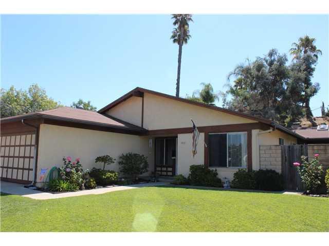 Main Photo: EAST ESCONDIDO House for sale : 3 bedrooms : 1515 Kent Avenue in Escondido
