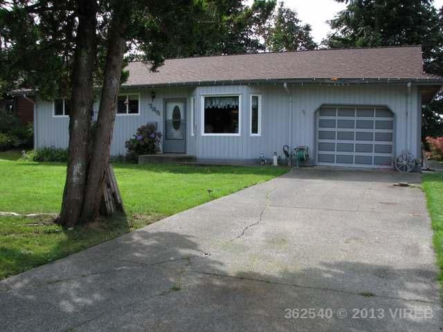 Main Photo: 749 Eland Drive: House for sale : MLS®# 362540