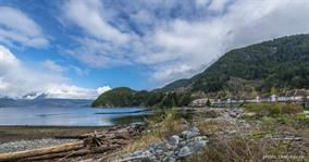 Main Photo: 20 Beach Drive: Condo for sale : MLS®# R2022041