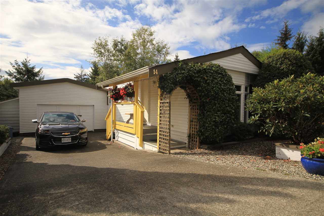 Main Photo: 14 4116 BROWNING ROAD in Sechelt: Sechelt District Manufactured Home for sale (Sunshine Coast)  : MLS®# R2314764