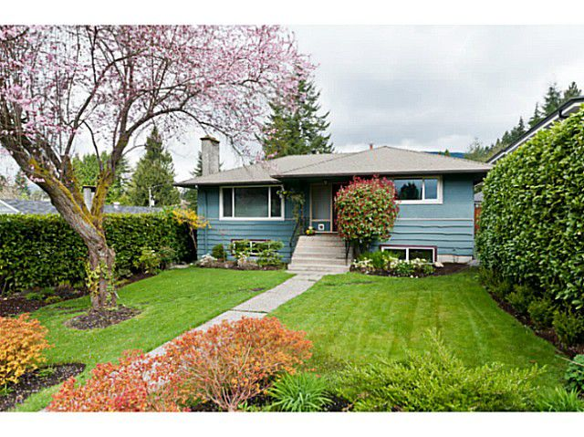 Main Photo: 358 E 22ND ST in North Vancouver: Central Lonsdale House for sale : MLS®# V1000220