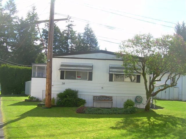 "Main Photo: 24 20071 24TH Street in Langley: Brookswood Langley Manufactured Home for sale in ""Fernridge"" : MLS®# F1312786"
